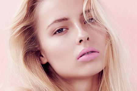 自然透白的素颜霜算化妆品吗,它是否需要卸妆