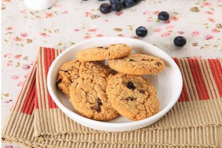 女性减肥最佳小零食,美味简单的蔓越莓酥饼食谱