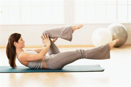 这四个大爆奖登录导航动作帮你瘦腰塑形,增强体力增加魅力