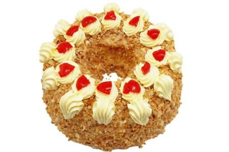 经典法兰克福皇冠蛋糕的做法,香浓奶霜配上清爽樱桃