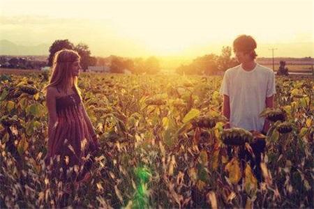 女生在恋,兰州香烟价格,爱里自降底线,最后就会永远失去爱情