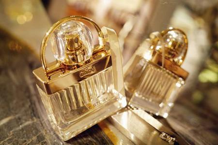 让爱情升温的三款女士香水,温柔香气邂逅浪漫