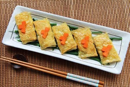 榛子美食补充女性所需高蛋白,鸡肉豆卷的详细做法
