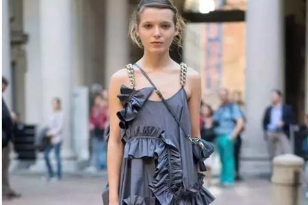 超显胖的裙子款式,女生千万不要随便搭配