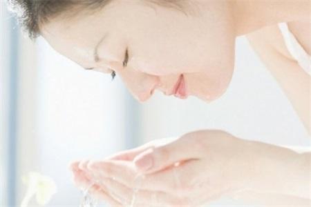 12种美容护肤小窍门,让你走出护肤误区,肌肤越来越好