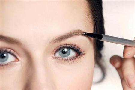 每日保证正确的化妆顺序,还你清新洁净好皮肤