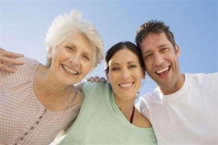 女性想要维持婆媳和睦的关系,就要先处理好夫妻关系