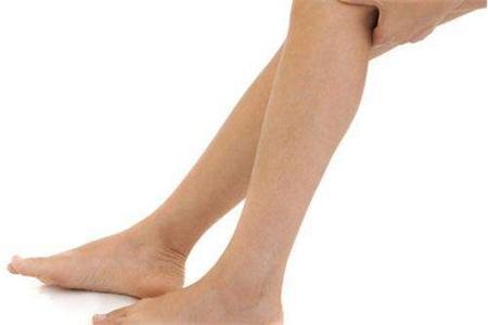 如何快速瘦小腿?女性做好这个动作实现局部塑形