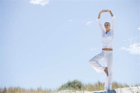 瑜伽丰胸的最快方法,练好这五组瑜伽动作立马见效
