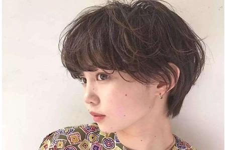 方脸女生的发型设计图片,俏皮减龄时尚感十足