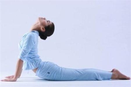 三组上班族减肥瑜伽,瘦身也能缓解工作压力