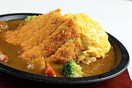 咖喱猪排饭的做法,经典日式料理的简易菜谱