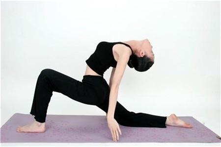 瘦腿、瘦腰的大爆奖登录导航动作,女性坚持每日练习早日变苗条