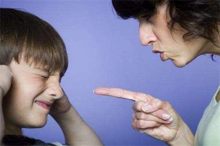 孩子犯错了如何教育?两种不同的认知模式可以改变孩子一生