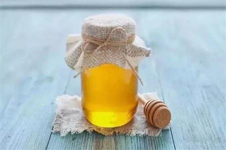 鱼胆有毒吗?一岁宝宝吃蜂蜜有危害吗?这些饮食安全你要知道