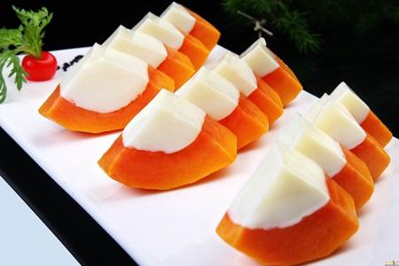 女性丰胸吃什么,木瓜牛奶的三种吃法你知道吗