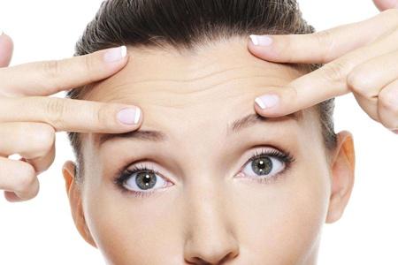 女生抬头纹的产生原因,怎么消除安全有效