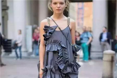 不是所有的裙子穿起来都能成为小仙女 这三种款式的裙子不要碰