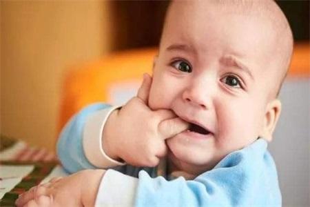宝宝枕秃是缺钙吗?家长