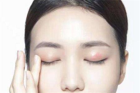 夏天清爽眼影怎么画,教女生眼妆的正确配色和上妆技巧