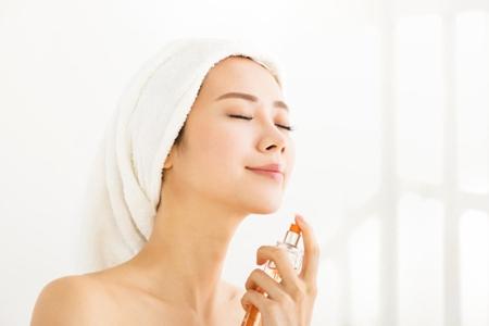 夏季护肤避开三个误区,让女生肌肤白皙更水润