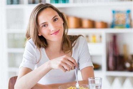 备孕吃什么?备孕不能吃什么?正确的备孕方法