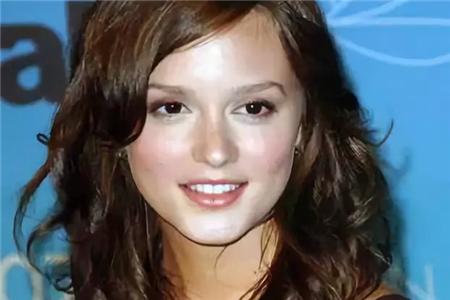 初学化妆者都有哪些雷人的妆容,眉毛画法至关重要