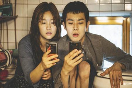 韩国《寄生虫》电影获金棕榈,导演奉俊昊诠释将阶级鸿沟