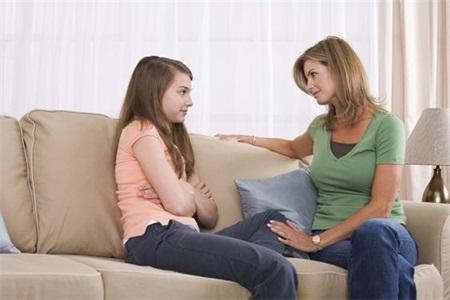 父母想要了解青春期的孩