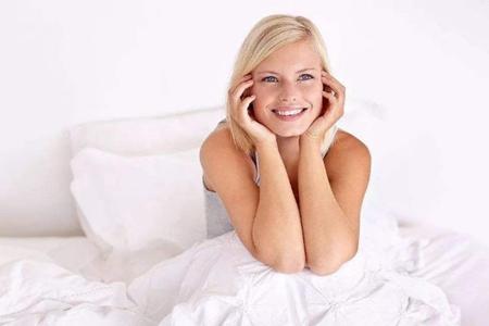 女人早期乳房癌症的症状,出现肿块变色都要重视
