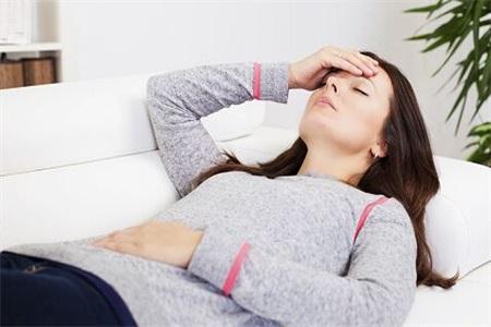 女性月经不调要注意,可能是多囊卵巢综合征找上了你