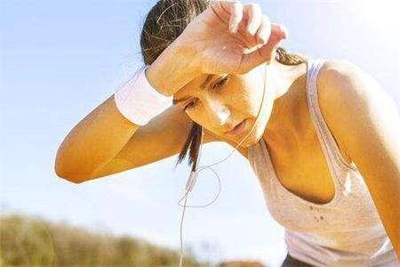 三种减肥谣言不可信,女性要想快速减肥应该避免