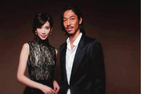 台北市长柯文哲曝光林志玲已怀孕,称其失去竞争力