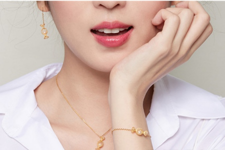 潮宏基品牌花丝工艺打造中式珠宝,中秋节最适合的奢侈品