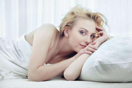 外阴瘙痒是由什么引起的,女性保护生殖健康如何预防