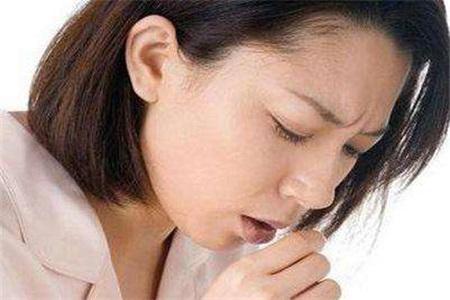 治疗口腔溃疡最有效的方式,女性要注意这四个方面