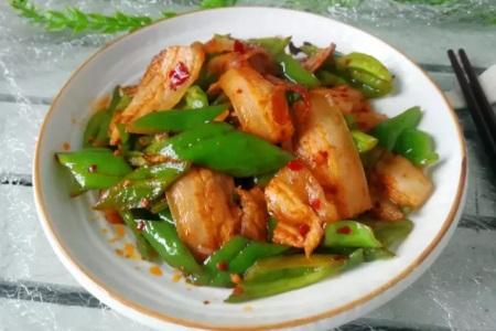 回锅肉的家常做法,五花肉肥而不腻超好吃超下饭