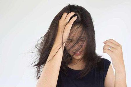 掉头发是什么原因,女性保养发质吃什么好