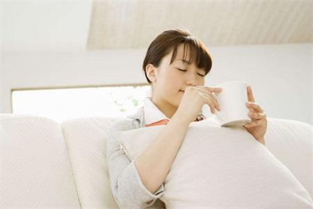 女性关注健康要注意卵巢问题,预防卵巢早衰可以这样做