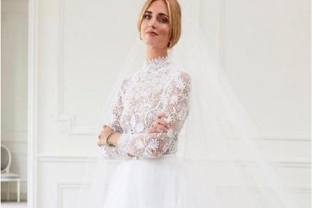 宇宙第一时装博主的皇家婚礼:迪奥设计婚纱,专机接送宾客