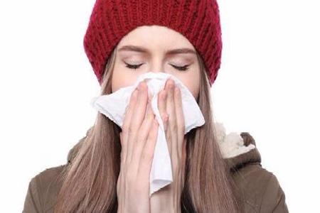 过敏性鼻炎症状反复影响女性睡眠,怎么治才能根除