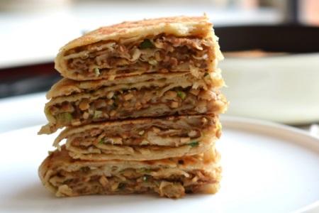 宝宝辅食制作100款,千层饼的做法营养健康吃起来方便