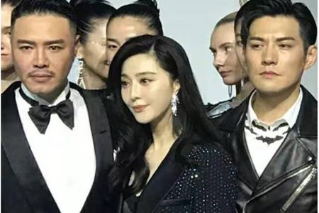 范冰冰出席时装秀占据C位,电影代言不断强势复出
