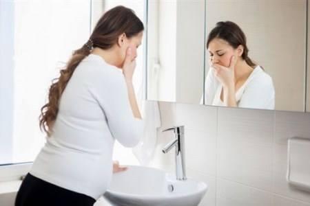 怀孕了吐的很厉害怎么办,这些方法可以缓解妊娠反应
