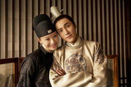 陈坤倪妮聚会开心互动,两人暧昧关系曾被爆恋爱