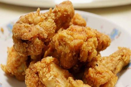 炸鸡腿的做法,老式家常详细方法酥脆可口