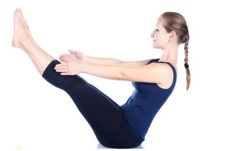 月经量少是什么原因,女性可以通过一个瑜伽动作来调理