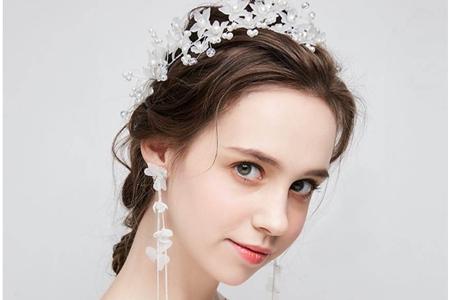 新娘迎宾发型图片集合,婚宴唯美盘发的编发步骤