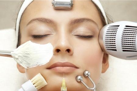 女生长闭合性粉刺的原因,五个方法帮你干净祛痘