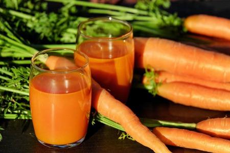 胡萝卜五种功效和作用,女性每天吃美容肌肤